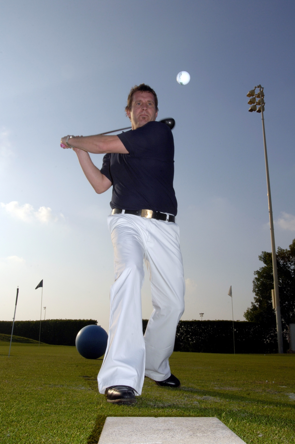 Geoff Swain Trick Shot golf entertainer