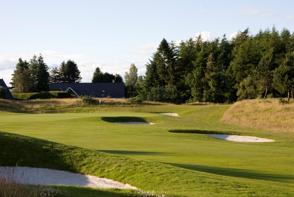 The PGA Centenary Course - 14th holeweb