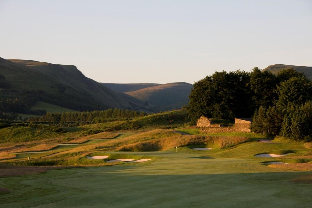 The PGA Centenary Course - 2nd hole (2)web