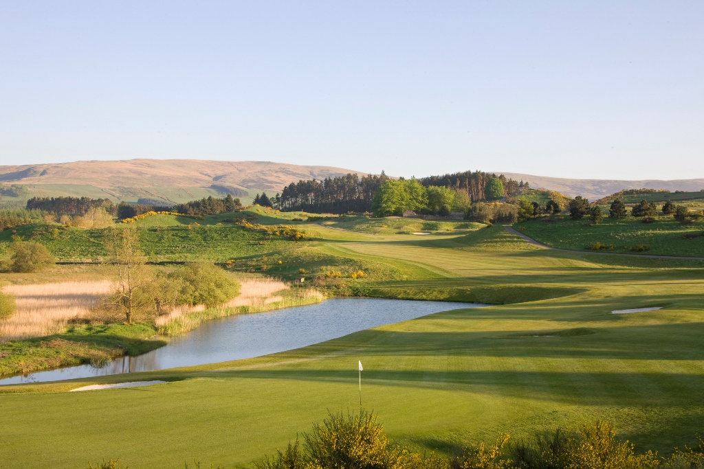 The PGA Centenary Course - 9th holeweb