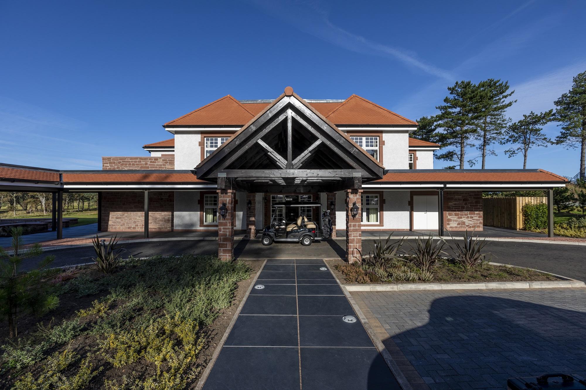 Luxury golf villas open at Reniassance Club