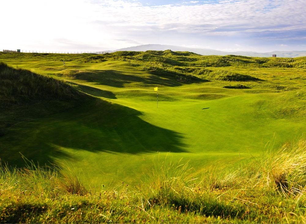 Hole 13 at Macrahanish Dunes Golf Club, Campbelltown, Scotland