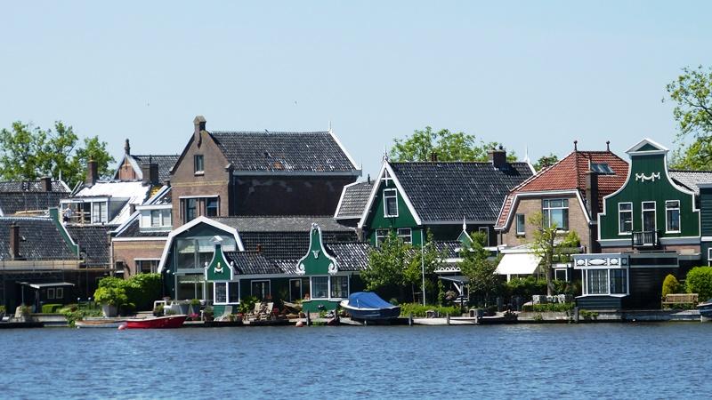 Zaanse Schanze Village - David J Whyte -® Linksland (1) web
