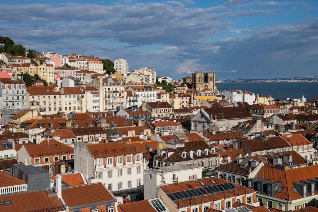 Lison Portugal by Roman Boed