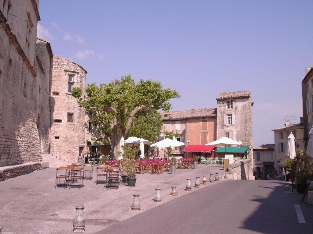 Gordes town square, Luberon , Provence